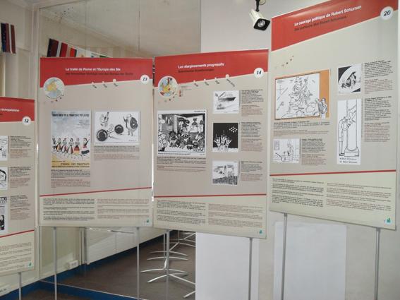 Exposition caricatures d 39 europe la maison de l 39 europe for Exposition d une maison