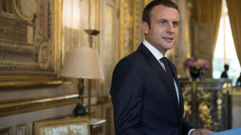 Emmanuel-Macron-at-Elysee-palace-800x450